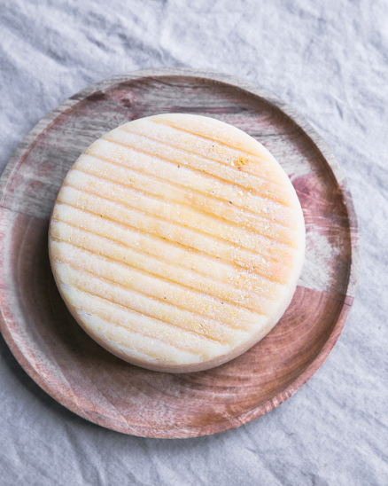 Horský sýr z Krasolesí na váhu - možné koupit při převzetí