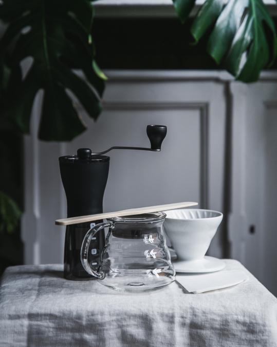 Větší sada na domácí přípravu filtrované kávy V6O