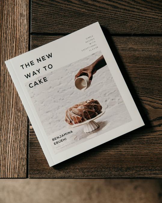 Kuchařka The new way to cake, Benjamina Ebuehi