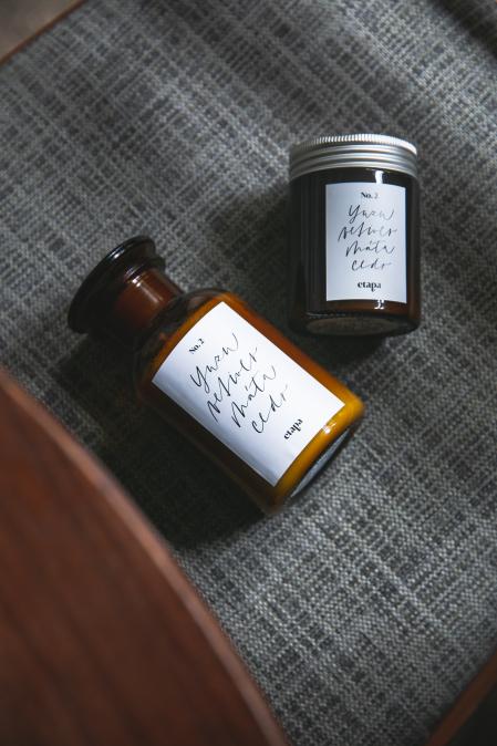 Svíčka 250ml -  yuzu, máta cedr